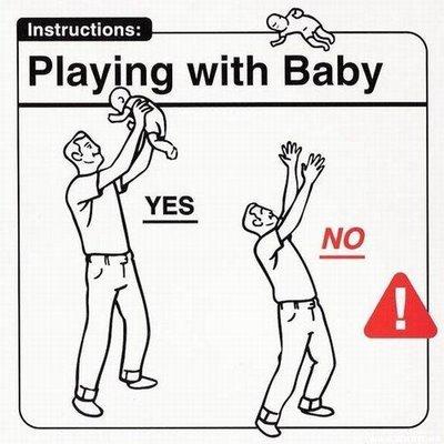 giocare con un neonato