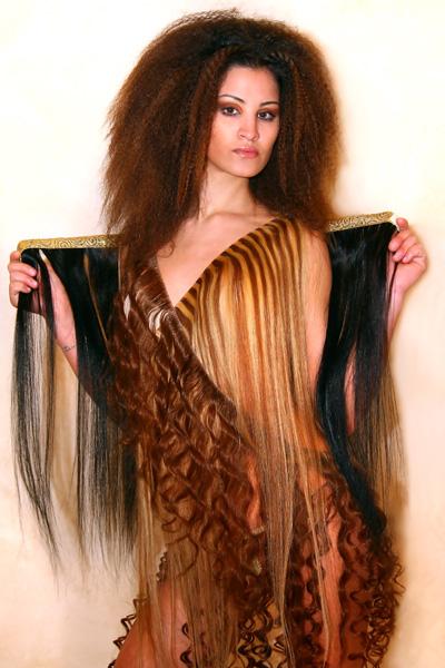 vestito di capelli