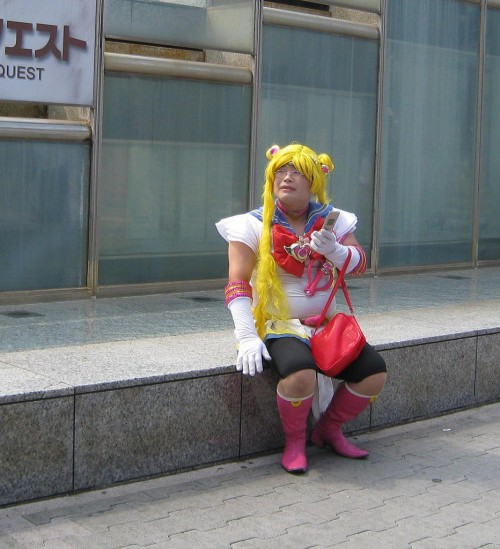sailor moon cosplayer